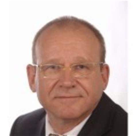 Lebenslauf Beratung Frankfurt Willi M 252 Ller In Der Personensuche Das Telefonbuch