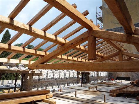 tetto a padiglione in legno progetto legno roma strutture in legno lamellare e