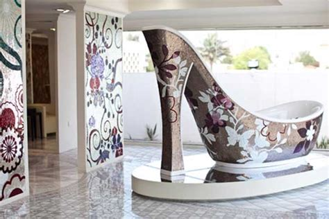 high heel bathtub shoe shaped luxury bathtub design alldaychic