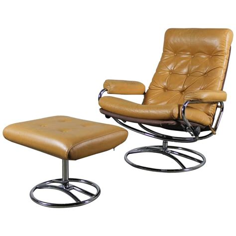 scandinavian leather recliner chairs scandinavian modern ekornes style stressless reclining