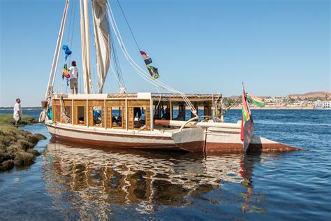 felucca boat 10 quirky modes of transportation around the world