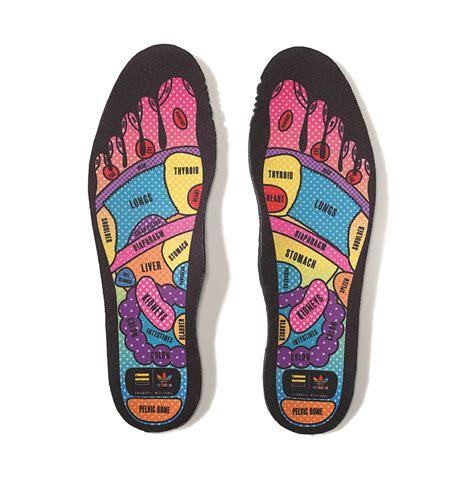 Sepatu Adidas Pharel William Original adidas original superstar supercolor x pharell williams the filo dapper