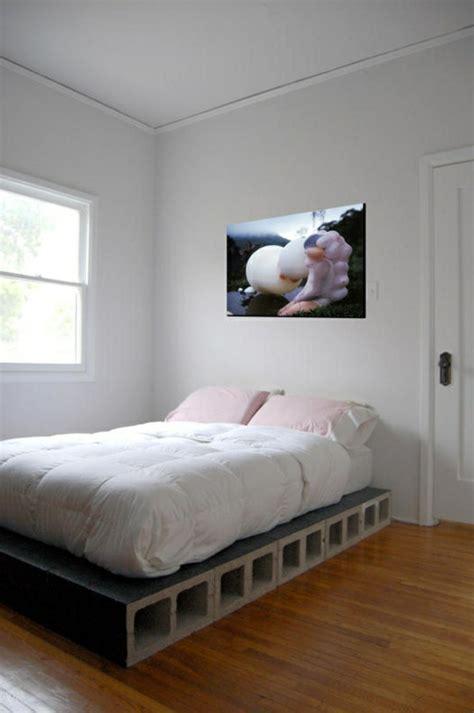 diy bett das diy bett kann ihr schlafzimmer v 246 llig umwandeln