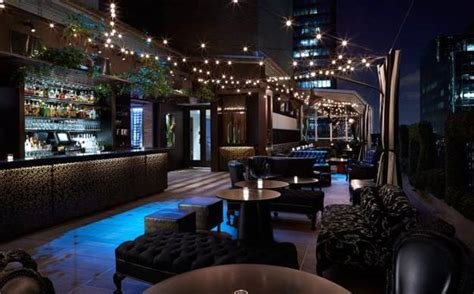 Breathtaking Rooftop Bar Designs and Latest Trends in Decorating