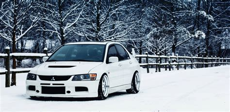 white mitsubishi evo wallpaper mitsubishi evo 9 wallpapers wallpaper cave