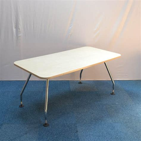 Vitra Meeting Table Vitra Ad Hoc Maple 1600x800 Meeting Table