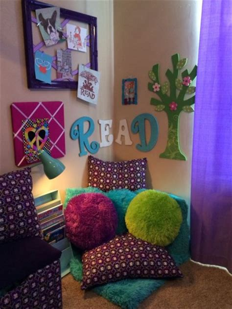 Design Ideas For Reading Ls For Bed Spot For Your One To Read Reading Nook Reading Room Ideas Pinterest