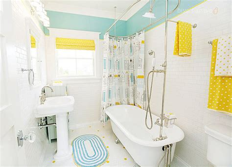 kids bathroom paint ideas htons style family home for sale home bunch interior