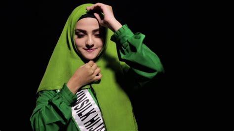 cara memakai anoniton untuk vid max januri 2018 tren hijab 2016 simak tips dari model cantik nisma