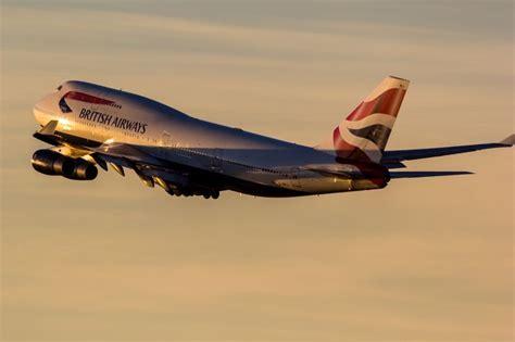 picture   british airways boeing   airplane climbing    sunset