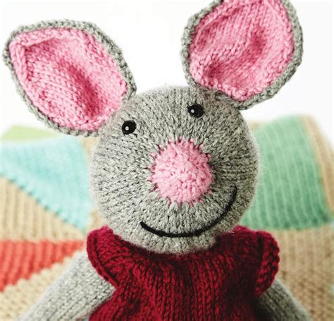 Yarnspirations 2015 Baby Lookbook Knitted Toys Patons