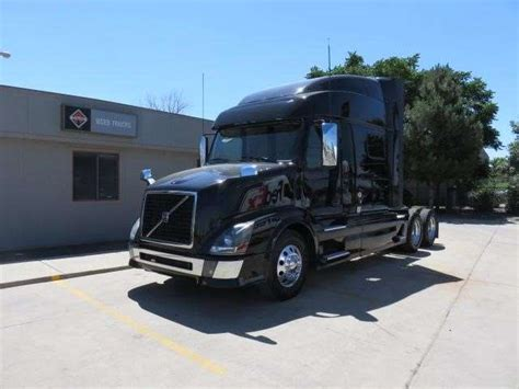2015 volvo trucks for sale 2015 volvo vnl64t730 sleeper truck for sale 516 000 miles