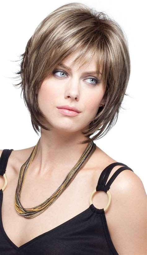 short layered haircuts that fits my face slimming hairstyles for round faces selena gomez brown