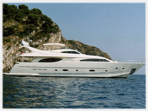 boat brokers association new and used custom line yachts for sale