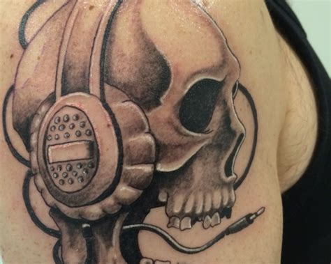 headphones tattoo skull headphone pictures to pin on