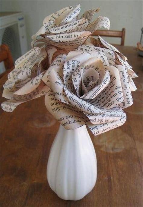 fiori di carta riciclata come costruire fiori di carta fiori di carta