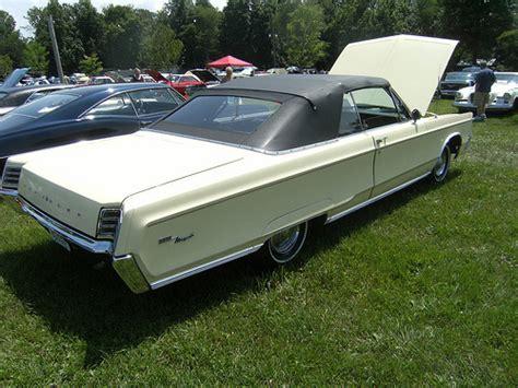 67 Chrysler Newport by Photo