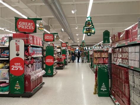 Morrisons Gift Card Range - which big 4 grocer has stolen a march on christmas retail remedy