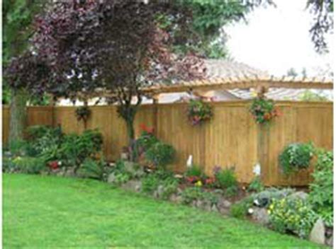 backyard borders residential fencing solutions greater puget sound area