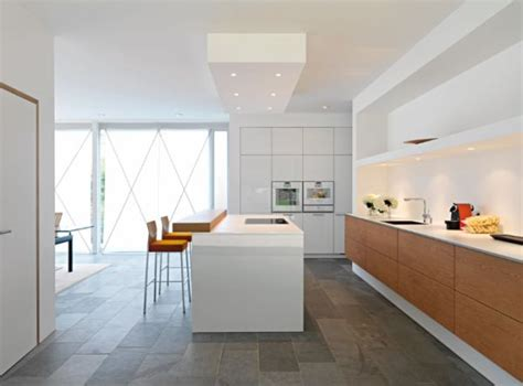what is the best flooring for a kitchen what s the best flooring for a kitchen