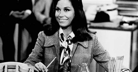 postscript mary tyler moore the new yorker what s on tv friday mary tyler moore after all and