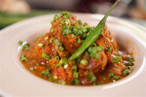 cuisine r騏nionnaise rougail saucisse recette rougail saucisse de la r 233 union hervecuisine com
