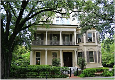 new orleans homes and neighborhoods 187 new orleans mansions