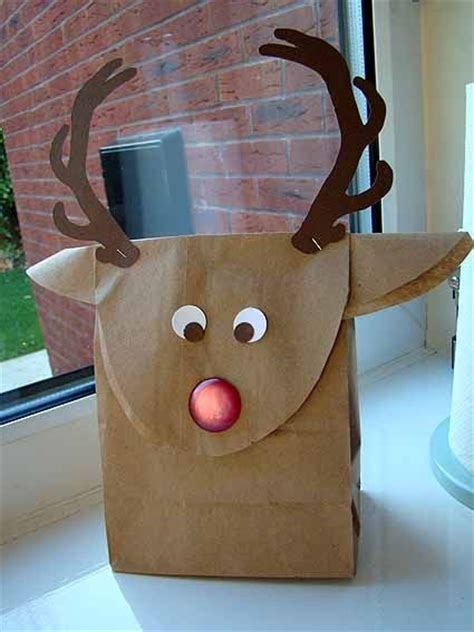 reindeer brown paper gift bags cannycrafter christmas countdown  project  reindeer