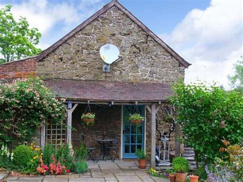 stable cottage church stretton cwm self