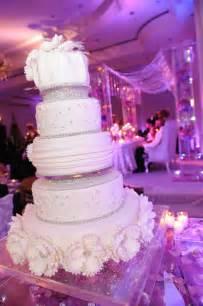 Wedding Reception Cakes by Glamorous Wedding Cakes From Temptations Modwedding