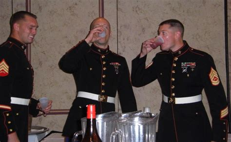 Difference Between Enlisted And Officer by Pics From Marine Mess 171 The Journey