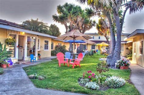 a colorful beach cottage in santa barbara ca completely beach house inn apartments visit santa barbara