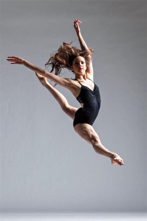Jumps Slit dancer jump jazz leap modern