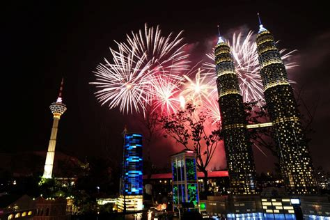new year hers malaysia top 5 best places to count and celebrate new year