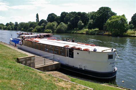 river thames boat trips offers kingwood river thames boat hire joseph mears king