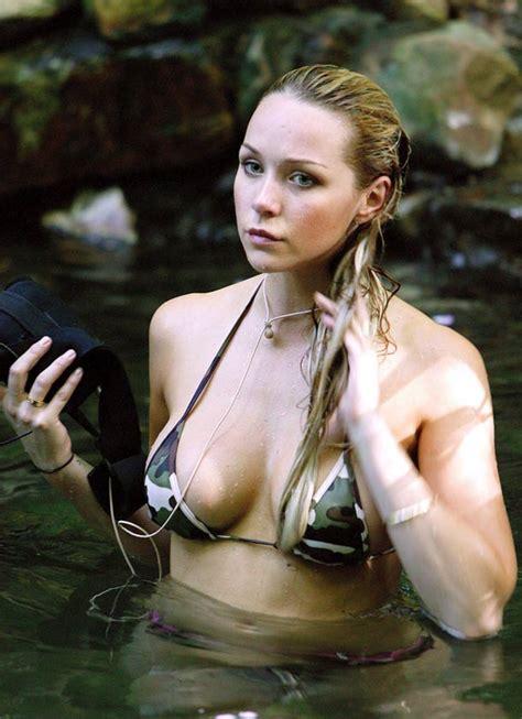 how long is celebrity love island on for i m a celebrity 2011 emily scott s bikini moments through
