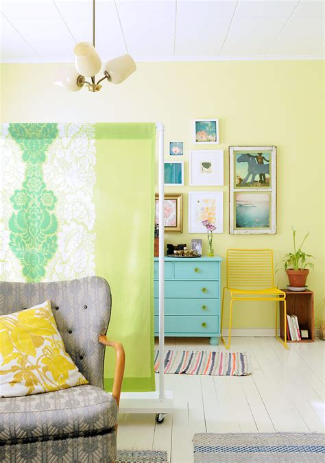 20 Diy Room Dividers To Help Utilize Every Inch Of Your Home How To Make Room Dividers