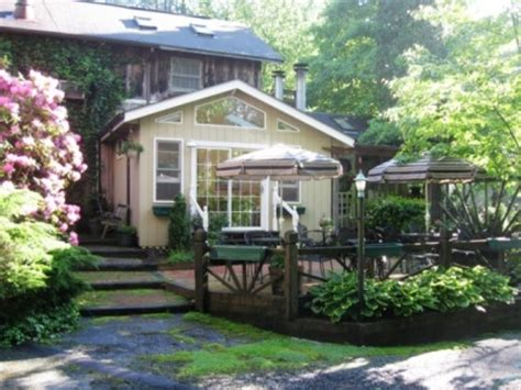 highlands nc bed and breakfast the chandler inn highlands north carolina b and b
