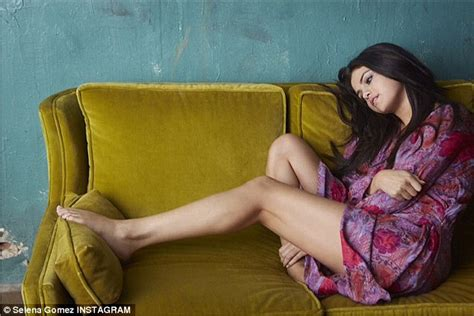you porn couch selena gomez rates herself on a hotness scale during