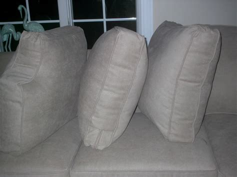 bassett couch reviews bassett furniture reviews buy barclay straw sofa sleeper