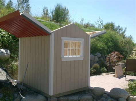 observation shed   roof open  viewing