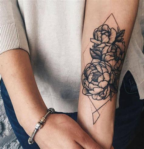 tatuaggi sul braccio interno femminili 1001 idee per tatuaggi femminili disegni da copiare