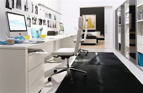 small black and white home office inspirations das arbeitszimmer planen planungswelten