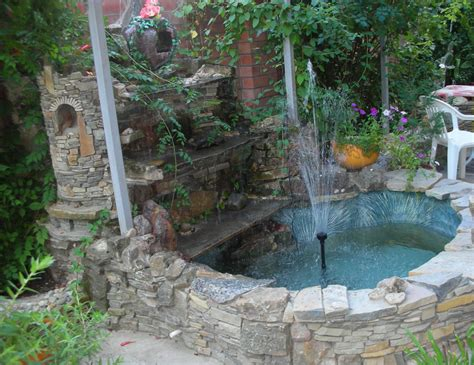 Backyard Fountain Designs Pool Design Ideas Fountains For Backyards