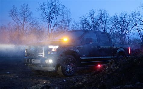 Ford Lights by Ford To Offer Factory Installed Led Strobe Warning Lights