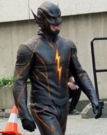 Flash Icy Black Original cw speedster battle the rival vs flash battles comic vine