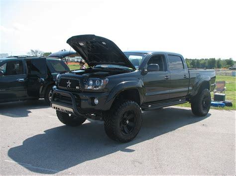 toyota tacoma blacked out tacm31 s 2005 toyota tacoma cab prerunner 4d