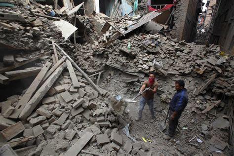 earthquake of nepal nepal earthquake chicago woman s son among mt everest