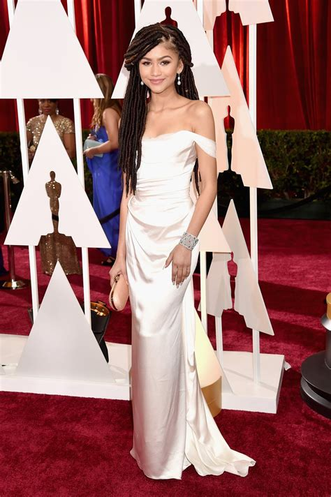 The Oscars Liveblog At Catwalk And Makeup by Zendaya Coleman In Vivienne Westwood At The 2015 Oscars