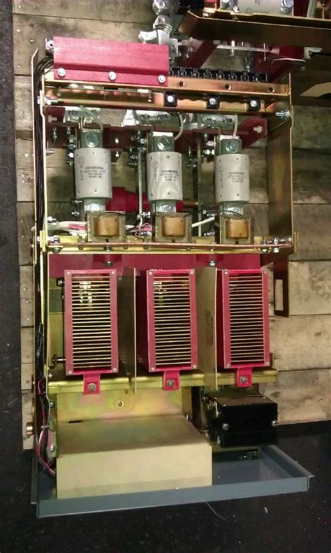 Westinghouse Dsl 206 Circuit Breakers Reconditioned At Nas
